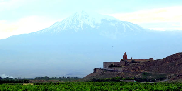 Traveler of The Lost City: Yerevan and Tbilisi